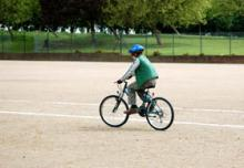 Beginner's cycling course for children
